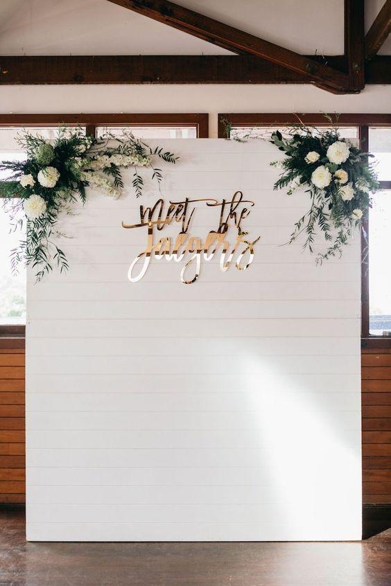 Thème mariage blanc photobooth